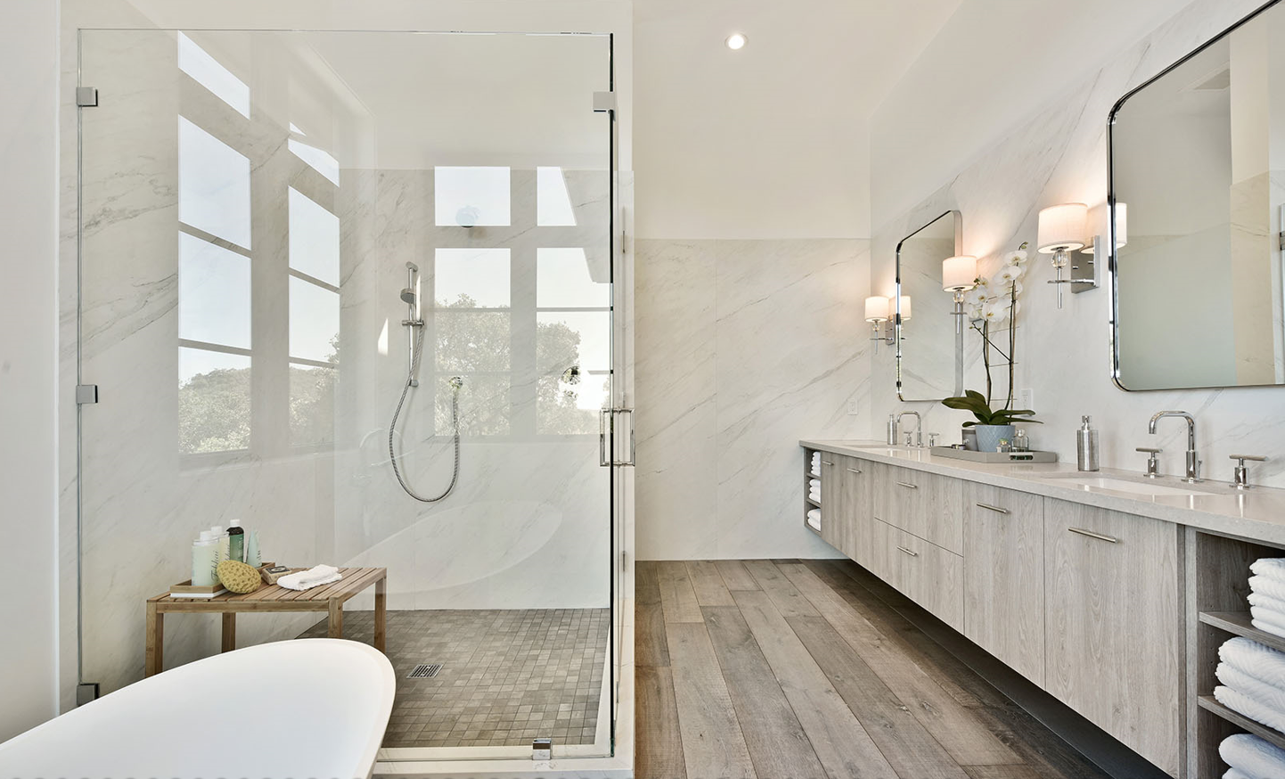 Contemporary Bathrooms7 Images