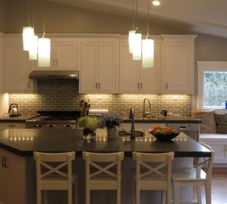 Shaker white pained kitchen